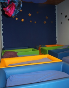 Schlafplätze Kinderkrippe (Foto: Metten)